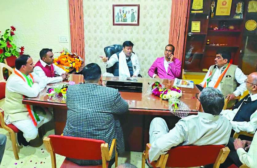 durg-municipal-corporation-mayor-dheeraj-bakliwal-