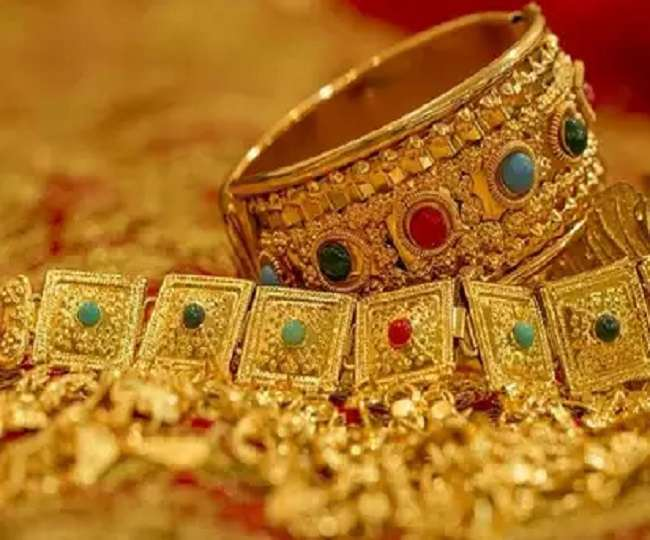 gold-sale-decreases-up-to-30-percent-in-last-6-mon
